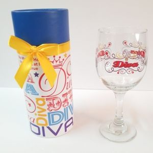 New Diva wine glass with gift box